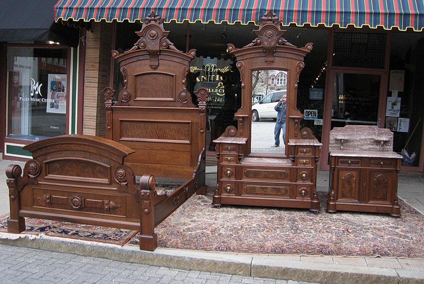 walnut victorian renaissance revival 3pc bedroom set
